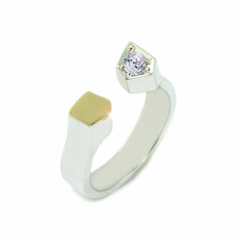 Srebrny pierścionek ze złotem i cyrkonią