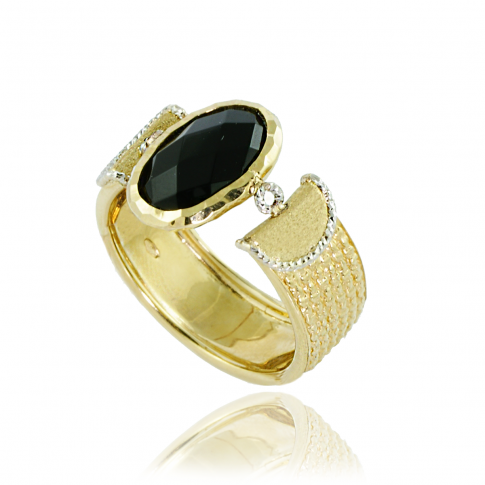 Black Eye Gold Ring