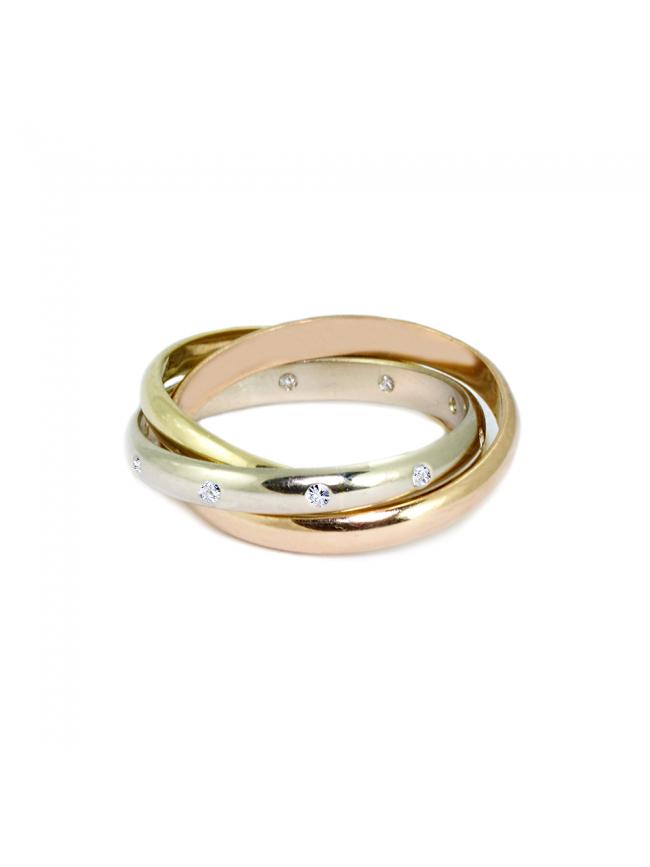 Aktualne Pierścionek z trzykolorowego złota w formie połączonych obrączek z RW51
