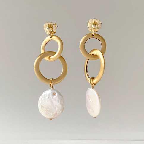 SUBLIME Pearls Earrings